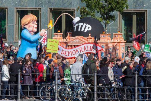 """Ecolo se mobilise contre 'le very bad TTIP"""""""